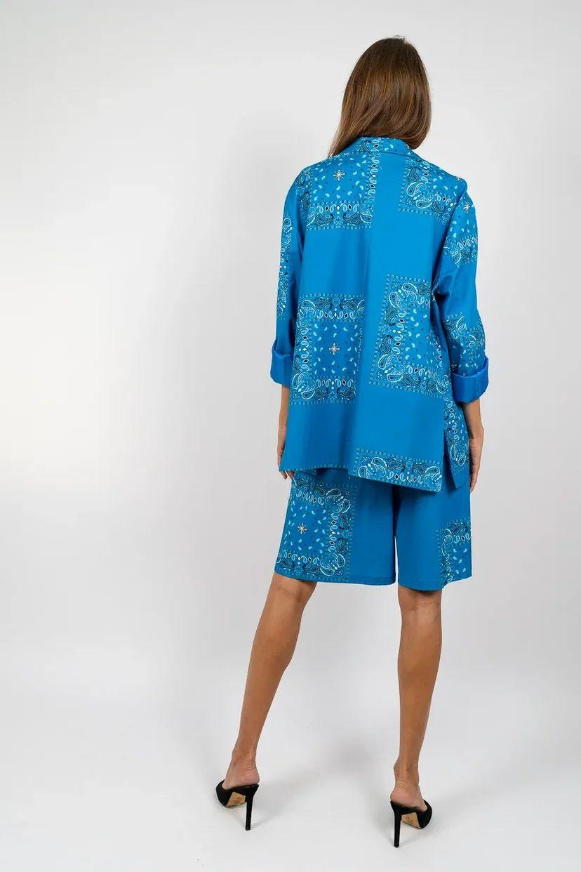 Костюм-двойка с бермудами синий с принтом