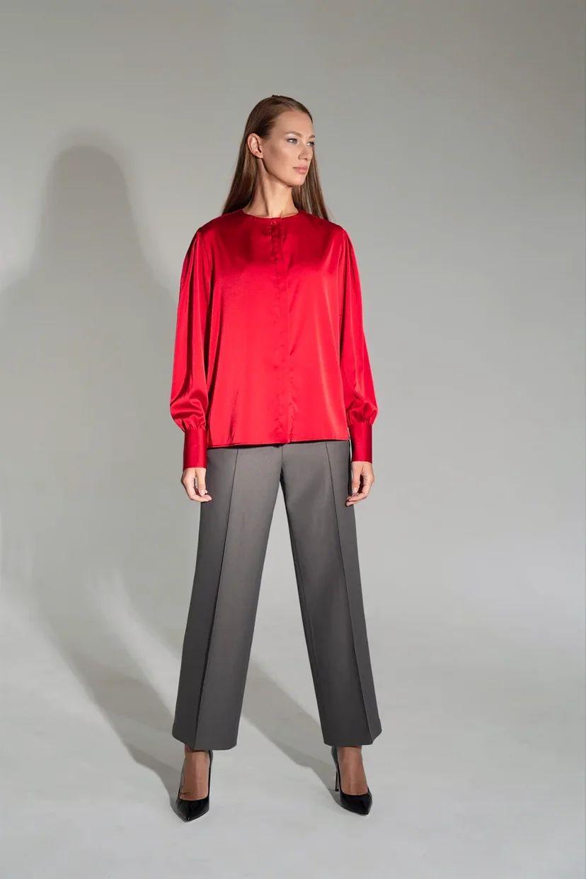 Блуза прямого кроя на пуговицах иссиня-красного цвета