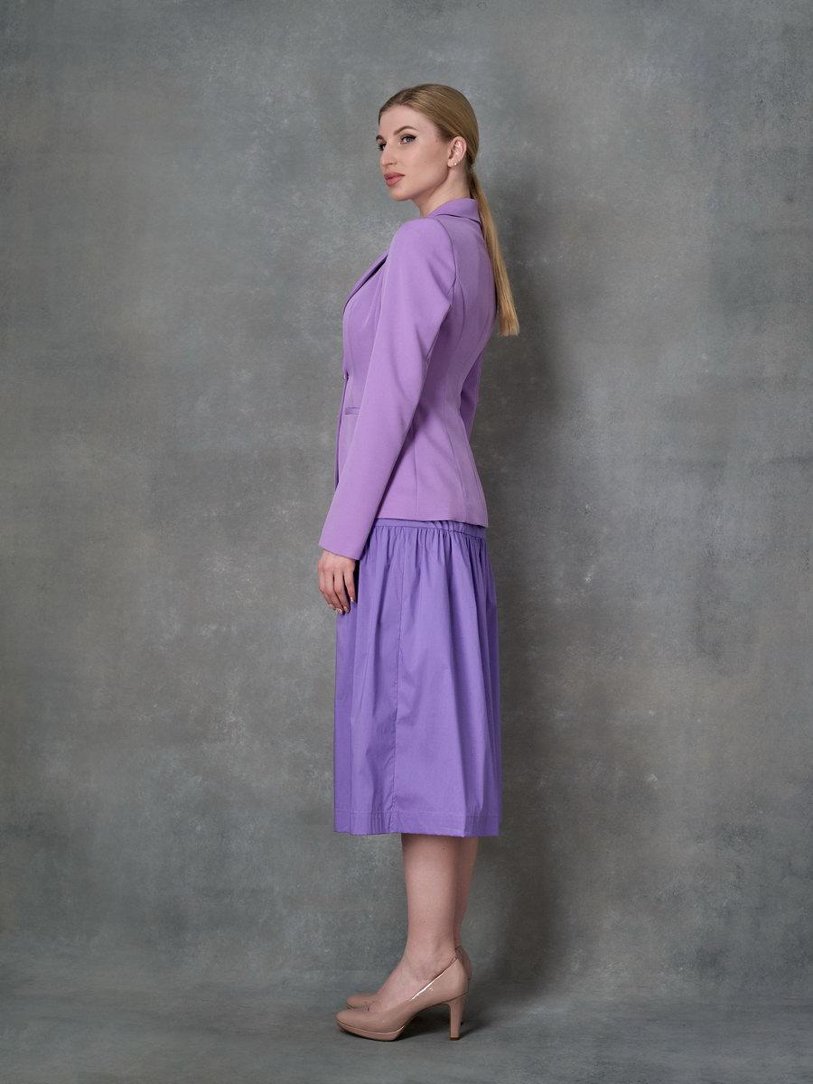 Лавандовое платье на бретелях
