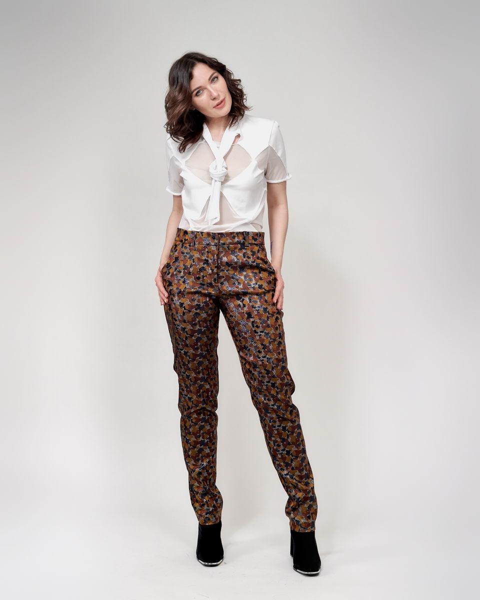 Классические брюки на завышенной посадке  коричневые с золотистым люрексом