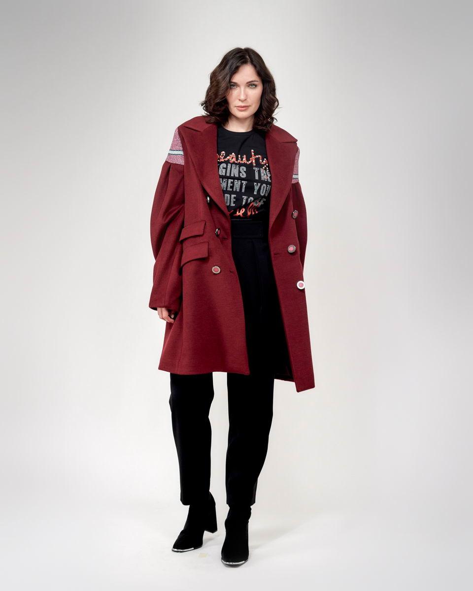 Пальто с объёмными рукавами