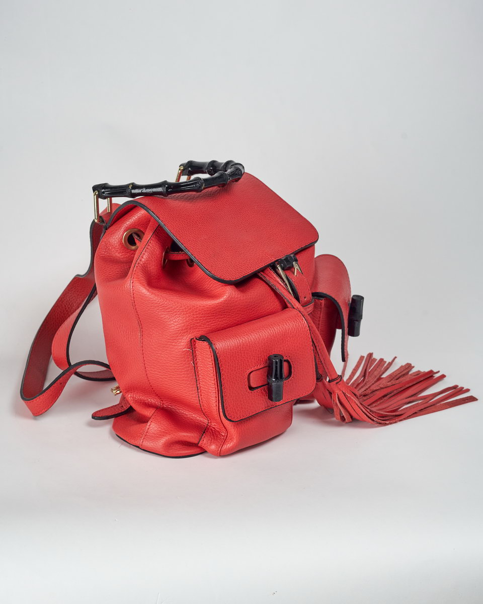 Рюкзак красный с бамбуковой ручкой