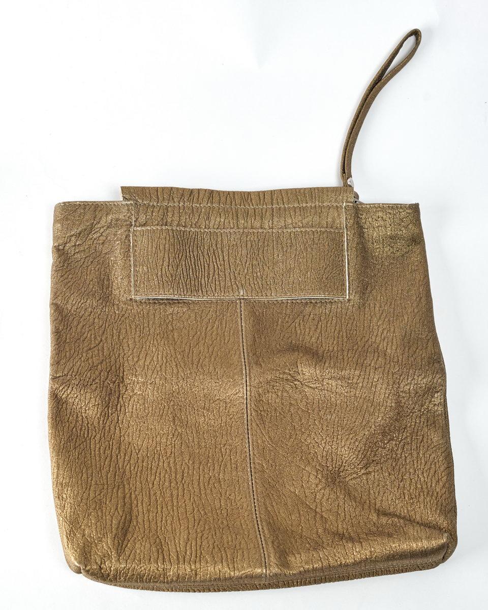 Сумка-клатч с бронзовым напылением