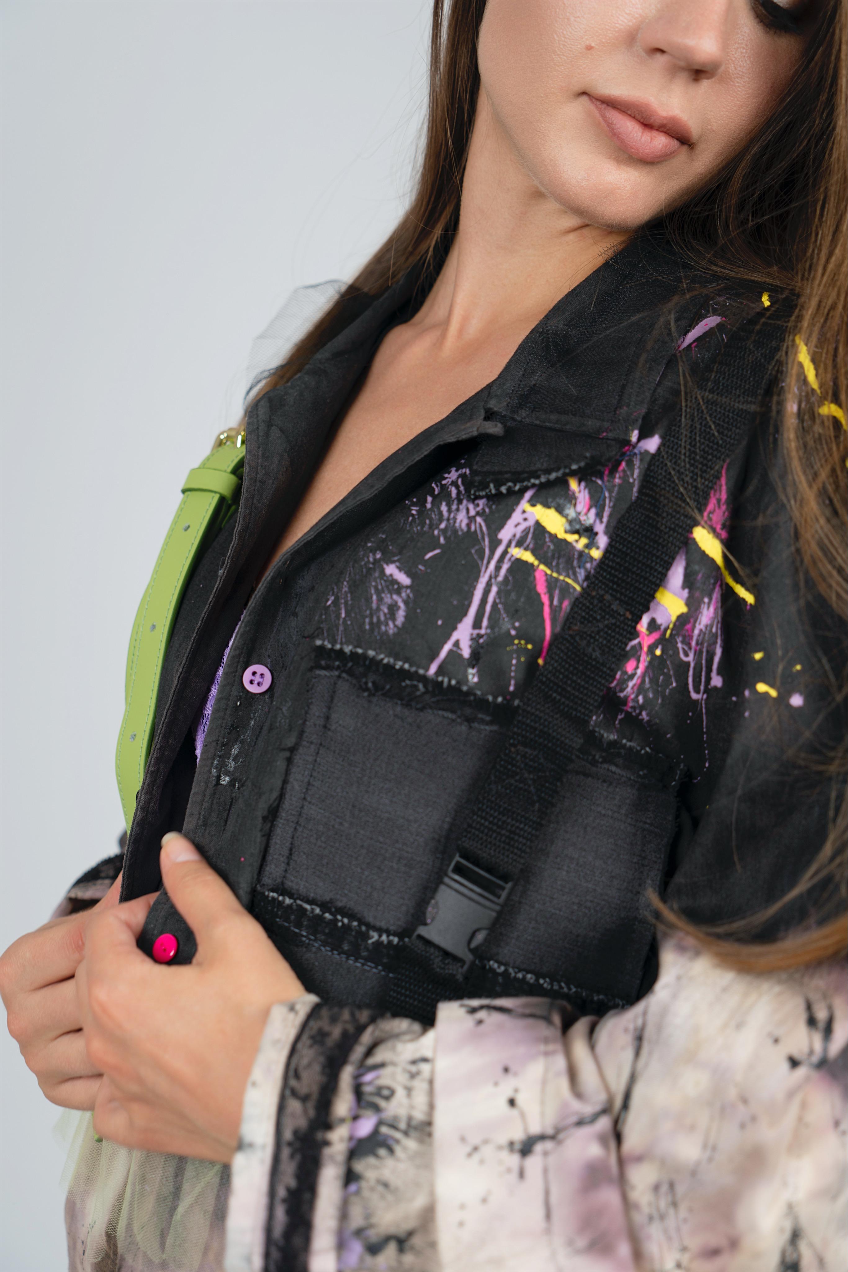 Дизайнерская рубашка с брызгами и лаймовой сетчатой баской