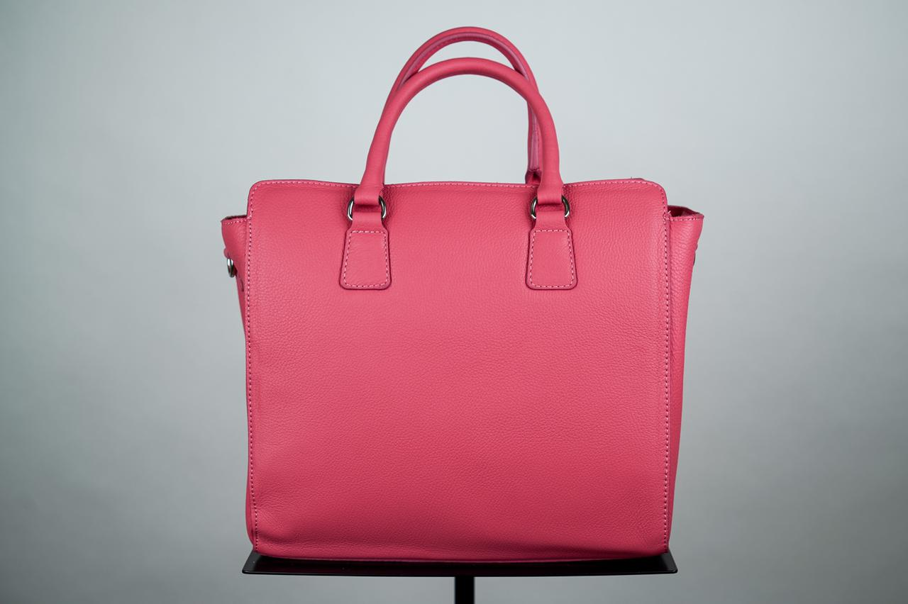 Сумка-тоут с жёстким каркасом насыщенного розового цвета